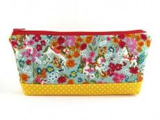 Tasche für Diabetikerbedarf  / große Kosmetiktasche  Zirkuspferde auf Blumenwiese