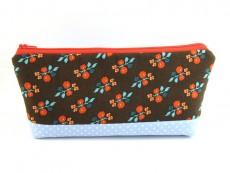 Tasche für Diabetikerbedarf  / große Kosmetiktasche Retroblumen