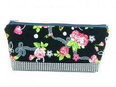 Tasche für Diabetikerbedarf  / große Kosmetiktasche Rosen & Karo